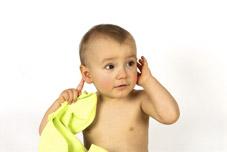 Bébé a souvent mal à l'oreille...