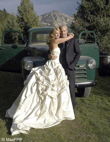 le-mariage-de-Kevin-Costner-et-Christine-Baumgartner_visuel_galerie2